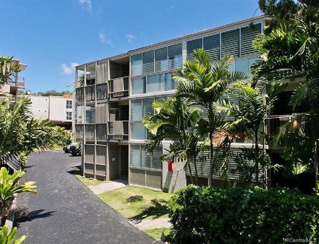 Photo of home for sale at 1662 Lewalani Drive, Honolulu HI
