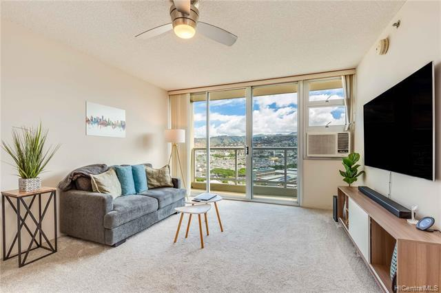 Photo of home for sale at 215 King Street N, Honolulu HI