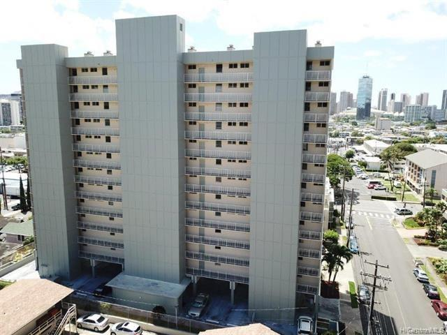 Photo of home for sale at 1215 Alexander Street, Honolulu HI