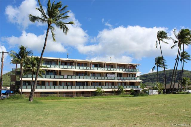 Photo of home for sale at 85-933 Bayview Street, Waianae HI