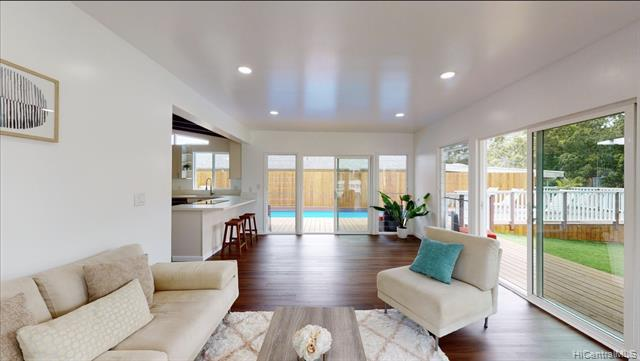 Photo of home for sale at 276 Kaliponi Street, Wahiawa HI