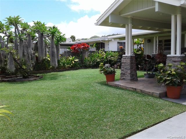 Photo of home for sale at 1021 Akumu Street, Kailua HI