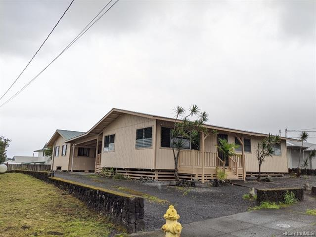 Photo of home for sale at 1639 Koele Street, Hilo HI