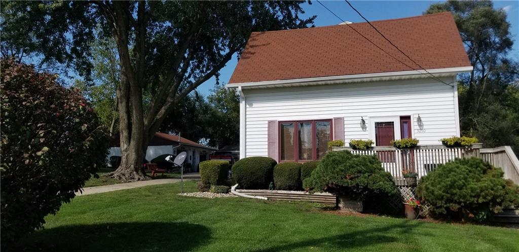 Photo of home for sale at 3250 Douglas Avenue E, Des Moines IA