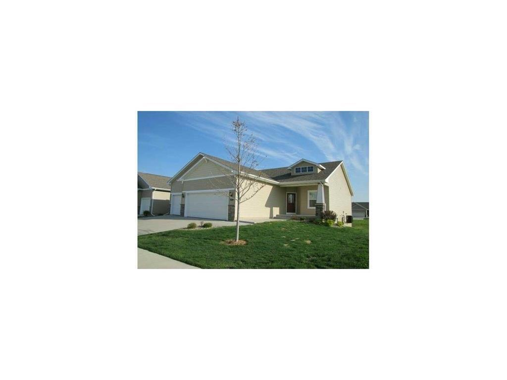 Photo of home for sale at 5621 Woodreed Lane, Johnston IA