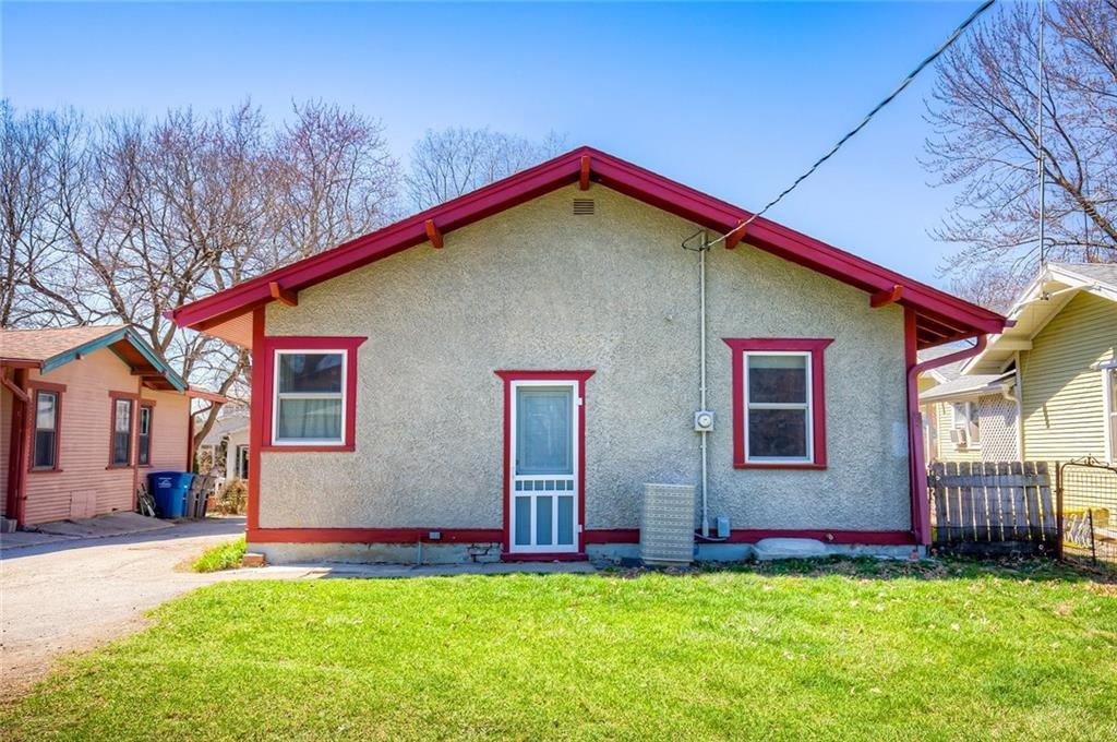 Photo of home for sale at 3123 3rd Street, Des Moines IA