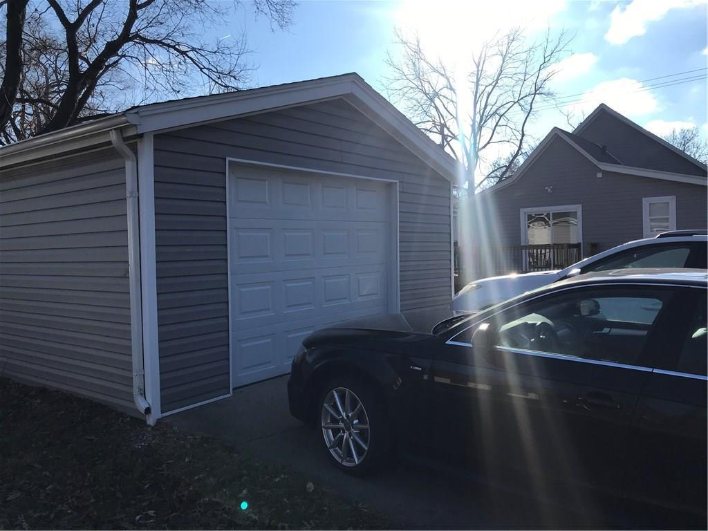 Photo of home for sale at 3200 University Avenue E, Des Moines IA