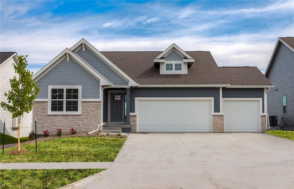 Photo of home for sale at 2004 31st Street NW, Ankeny IA
