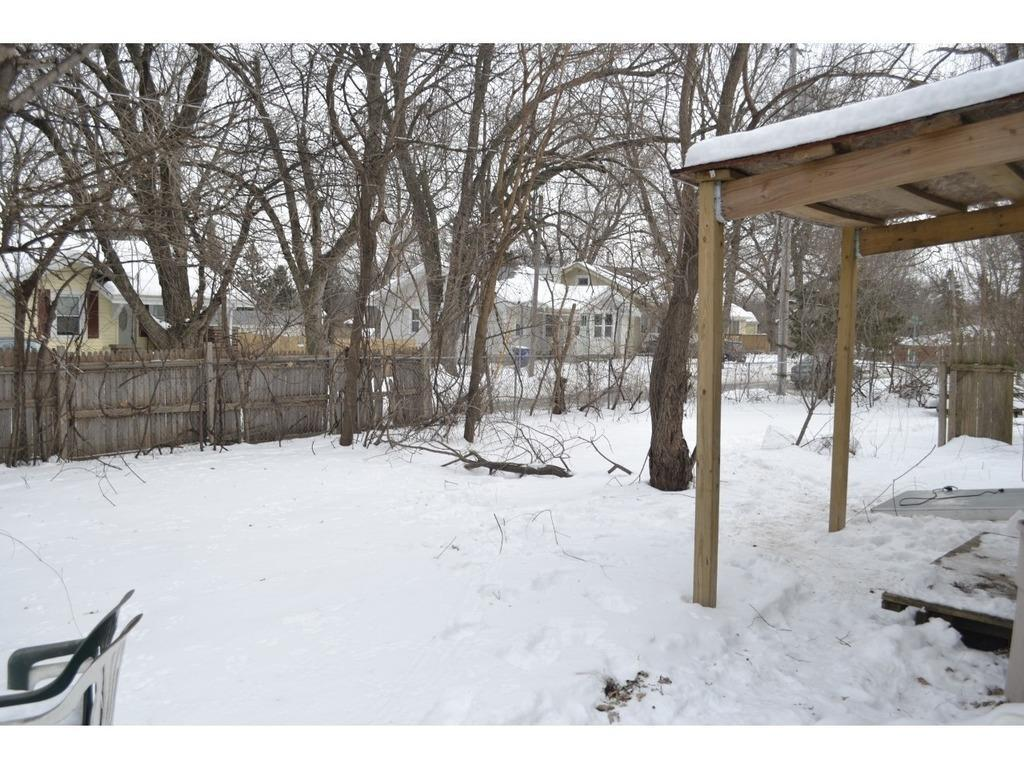 Photo of home for sale at 3103 Lincoln Avenue, Des Moines IA