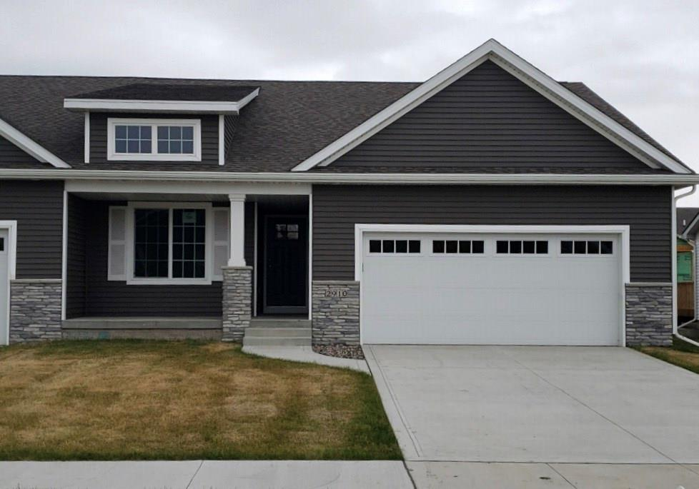 Photo of home for sale at 2910 43rd Street NW, Ankeny IA