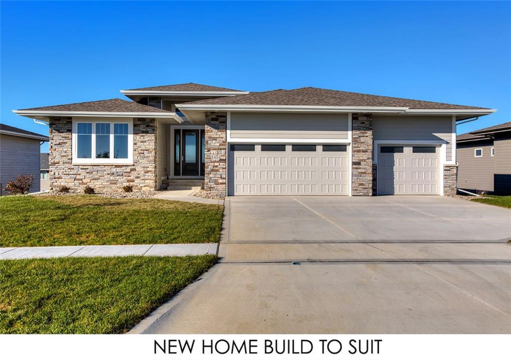 Photo of home for sale at 1714 31st Street NW, Ankeny IA