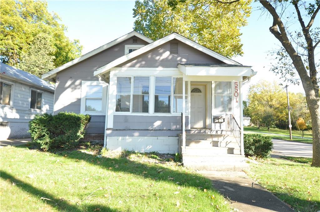 Photo of home for sale at 5501 University Avenue, Des Moines IA