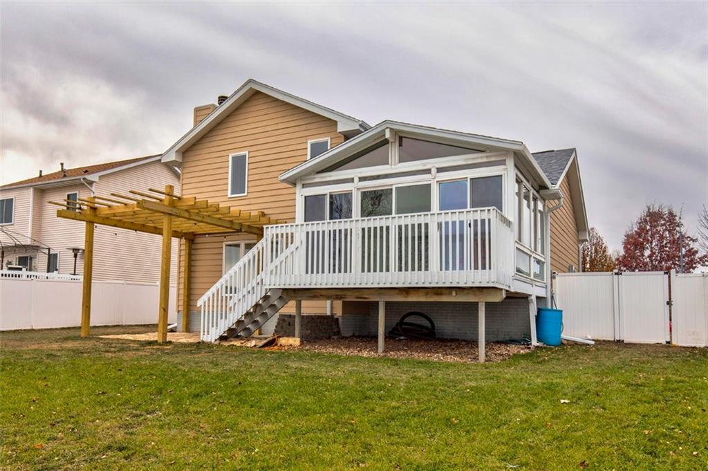Photo of home for sale at 2013 Logan Street NW, Ankeny IA