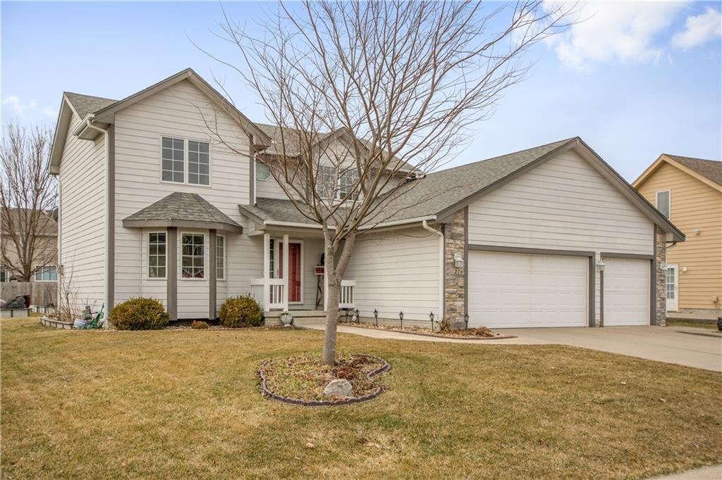 Photo of home for sale at 1216 10th Avenue Place SE, Altoona IA