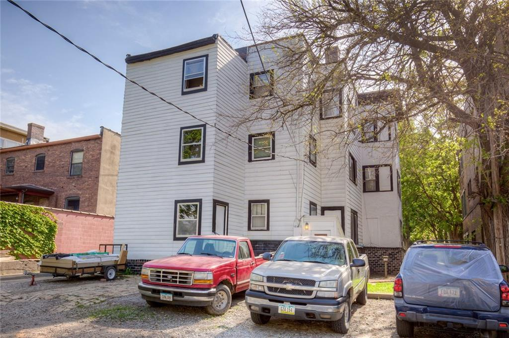 Photo of home for sale at 672 19th Street, Des Moines IA