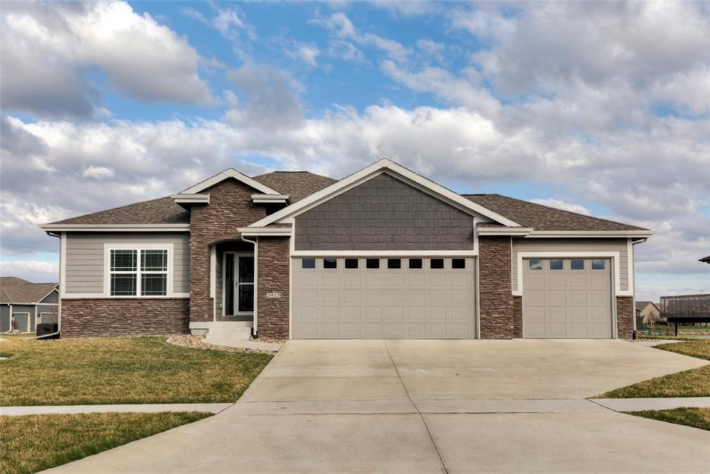 Photo of home for sale at 2915 Sharmin Drive NW, Ankeny IA