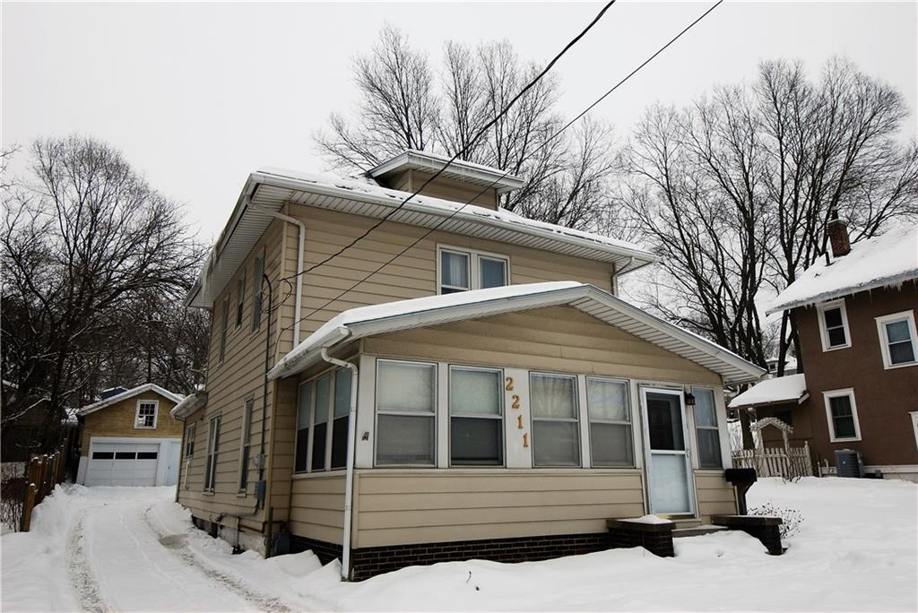 Photo of home for sale at 2211 9th Street SW, Des Moines IA