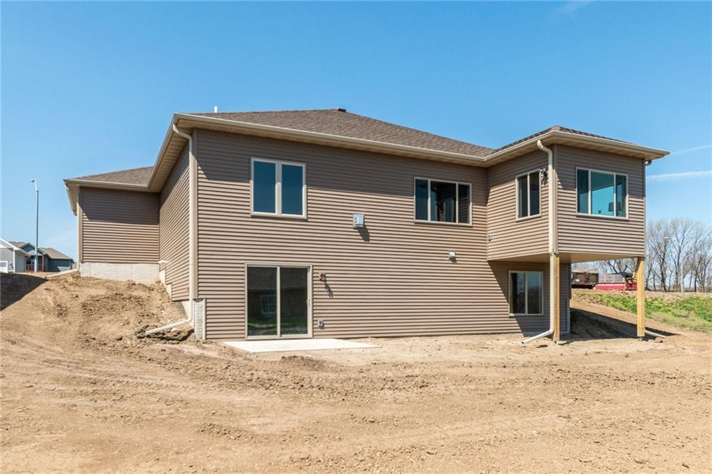 Photo of home for sale at 517 Somerset Court NW, Ankeny IA