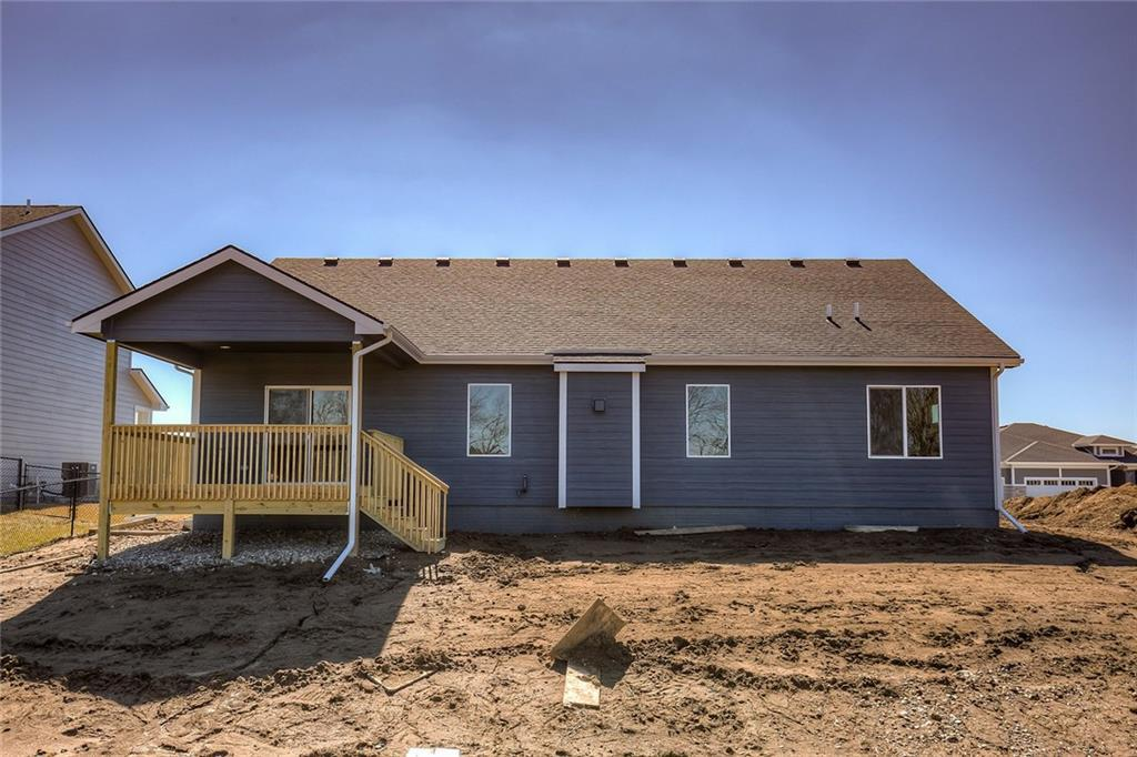 Photo of home for sale at 10971 Westport Drive, West Des Moines IA