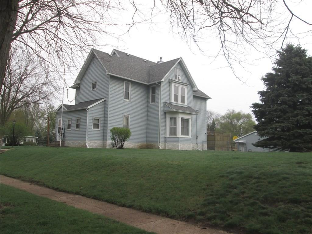 Photo of home for sale at 1426 Carroll Street, Boone IA