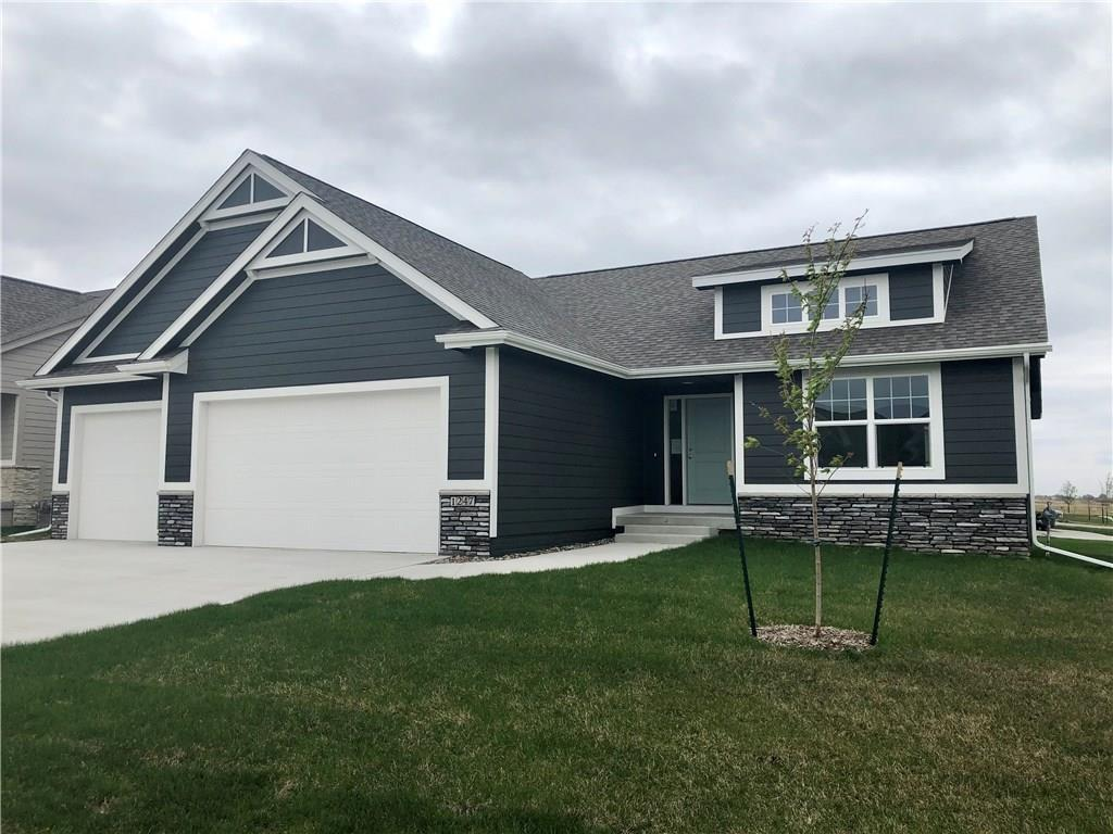 Photo of home for sale at 1247 34th Street SE, Altoona IA