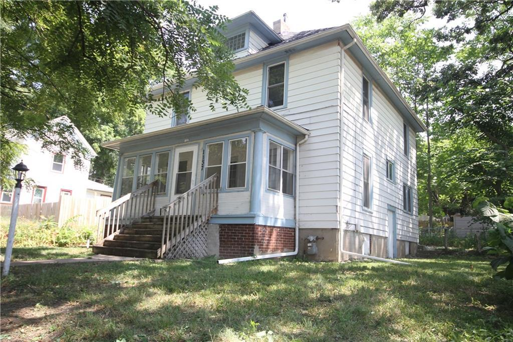 Photo of home for sale at 1137 14th Street, Des Moines IA