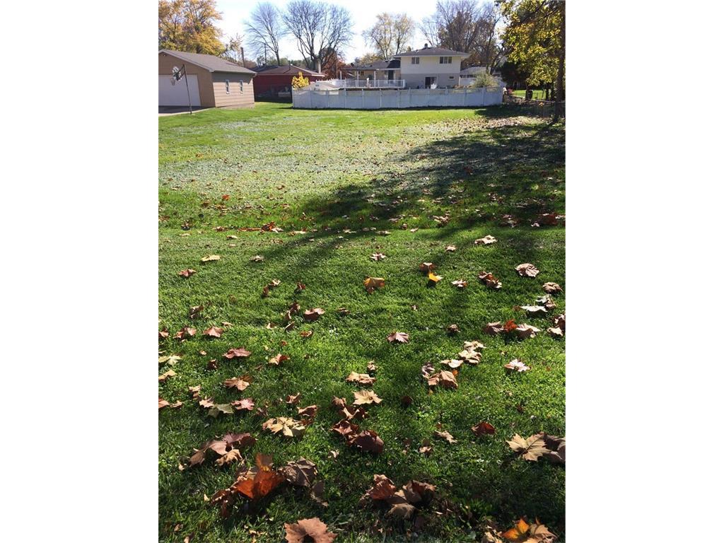 Photo of home for sale at ... Aurora Avenue E, Des Moines IA