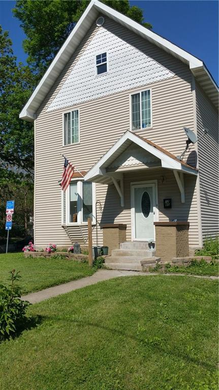 Photo of home for sale at 1245 9TH Street, Des Moines IA