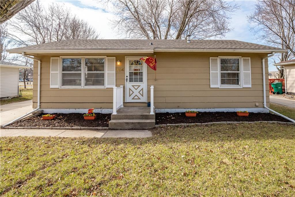 Photo of home for sale at 704 Top-O-Hollow Road, Ames IA
