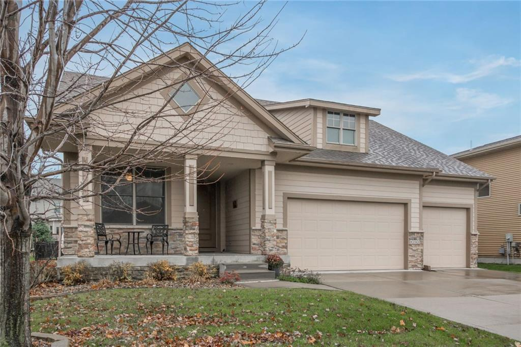 Photo of home for sale at 8266 Heritage Bend Road, West Des Moines IA