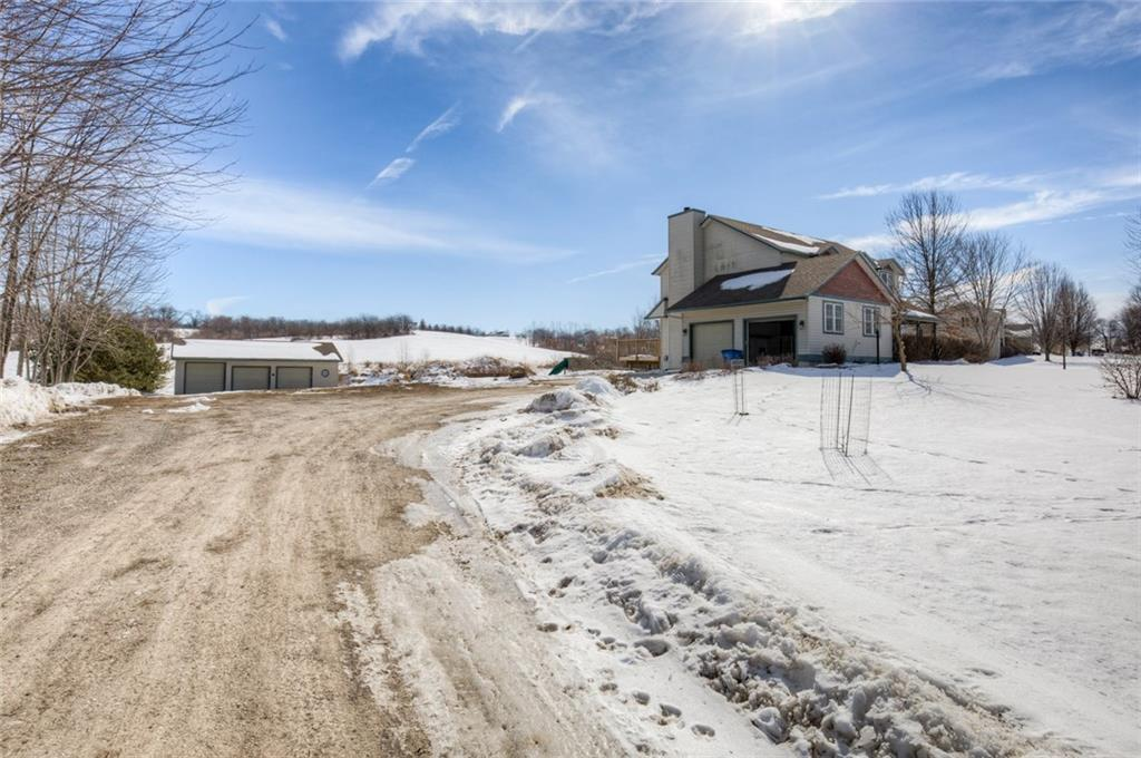 Photo of home for sale at 13121 Mcgregor Street, Indianola IA