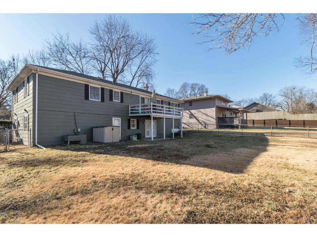 Photo of home for sale at 2315 Pleasant Street, West Des Moines IA