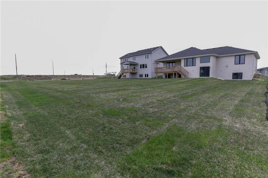 Photo of home for sale at 1616 Meadow Court NE, Ankeny IA