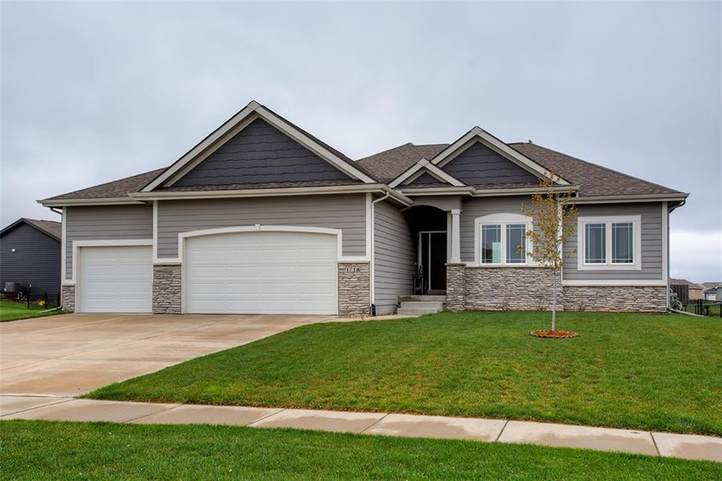 Photo of home for sale at 1718 Reinhart Drive NW, Ankeny IA