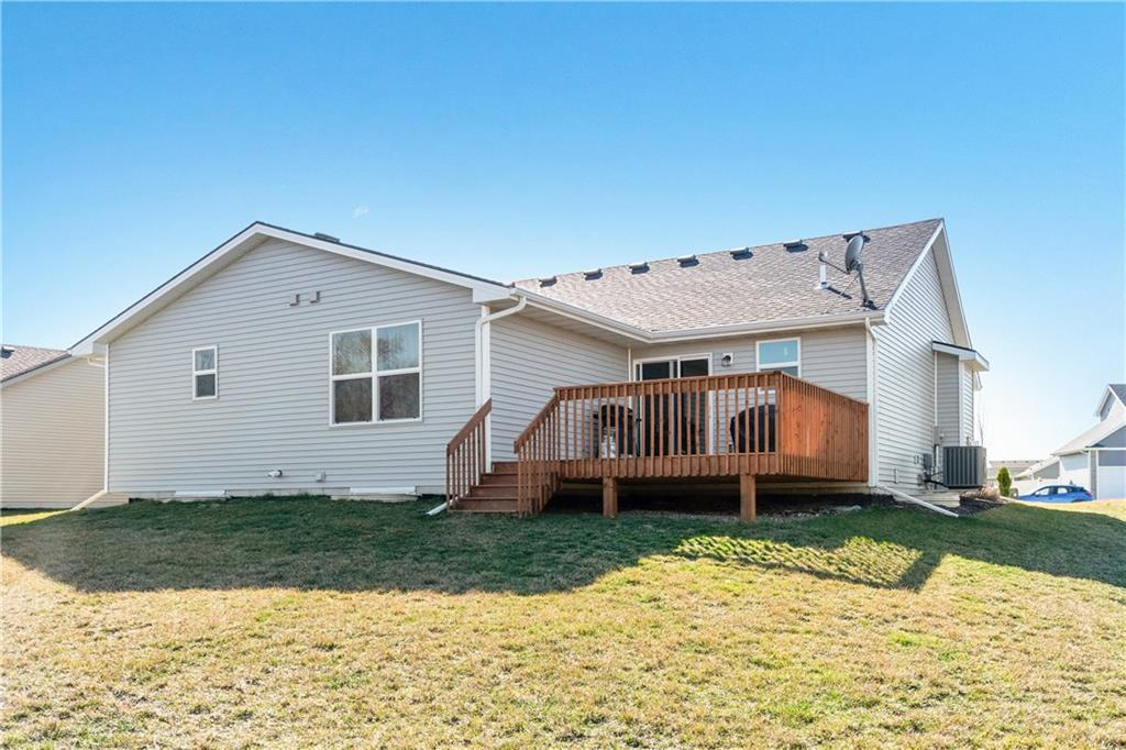 Photo of home for sale at 81 Mallard Pointe Drive NW, Bondurant IA