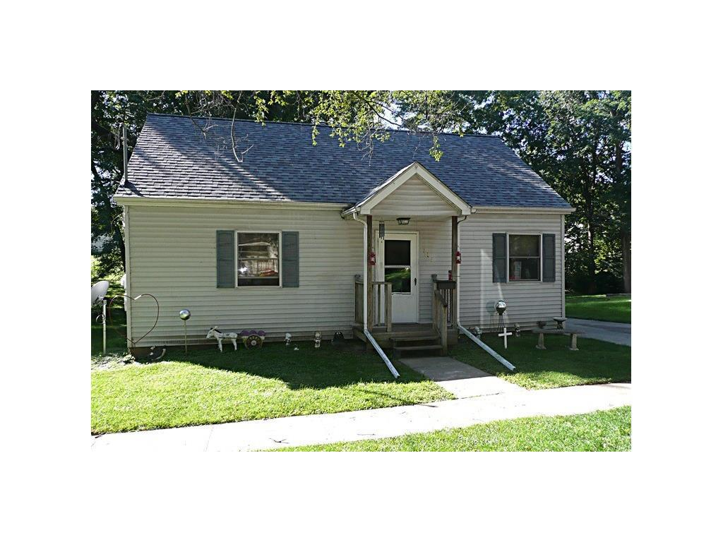 Photo of home for sale at 714 3rd Street S, Knoxville IA