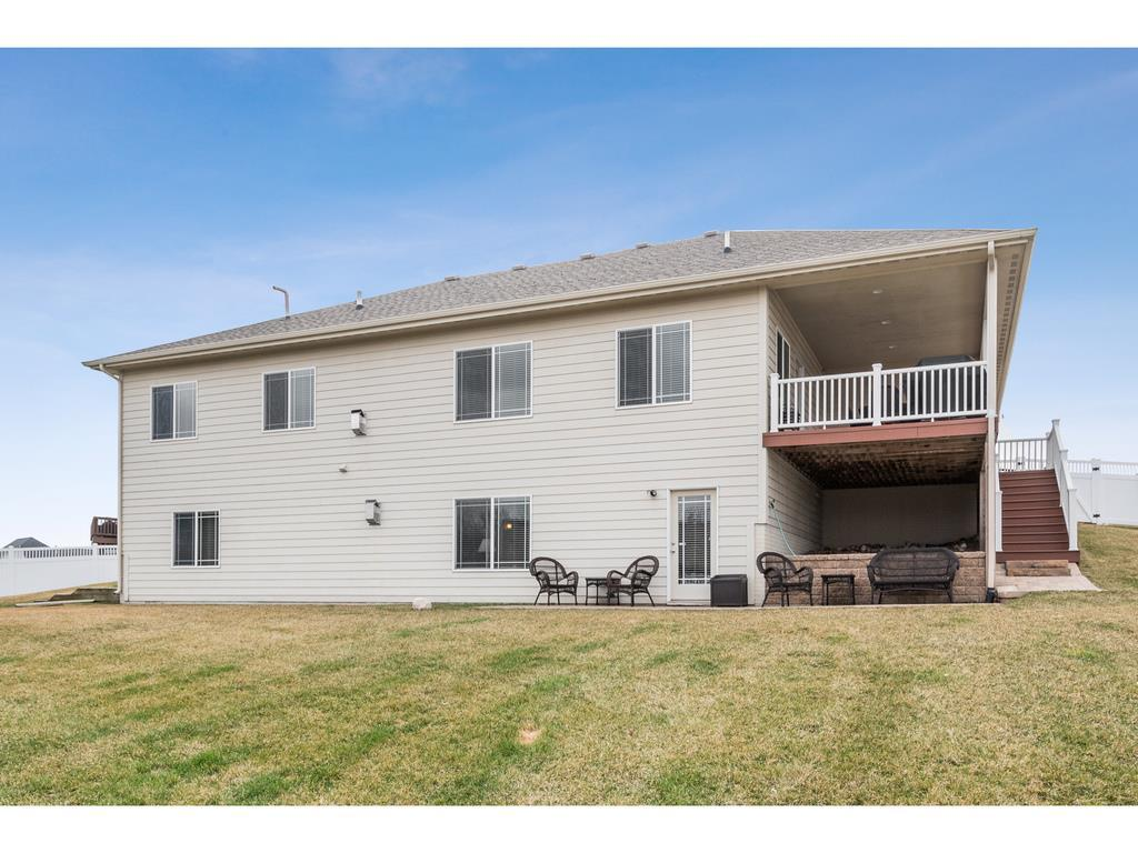 Photo of home for sale at 4125 139th Street, Urbandale IA
