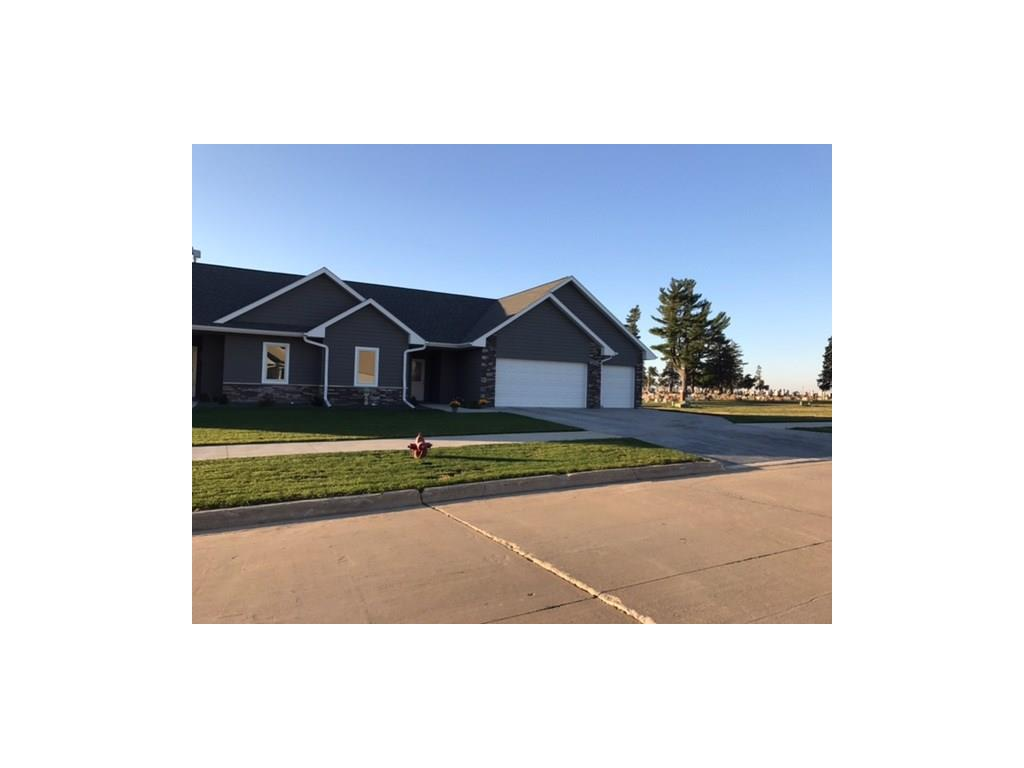 Photo of home for sale at 308 Coneflower Court, Monroe IA