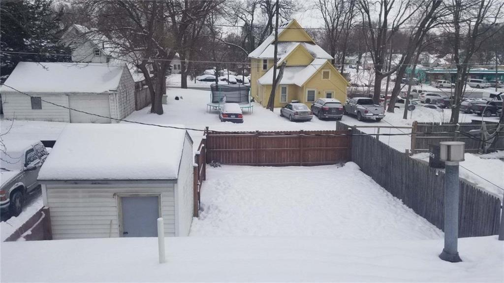 Photo of home for sale at 1648 Capitol Avenue, Des Moines IA