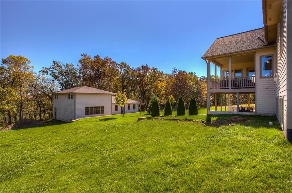 Photo of home for sale at 1812 Millstream Court, Winterset IA