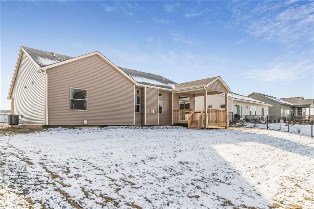 Photo of home for sale at 9737 Alderwood Drive, West Des Moines IA