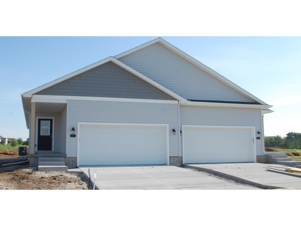 Photo of home for sale at 875 Linden Street, Carlisle IA