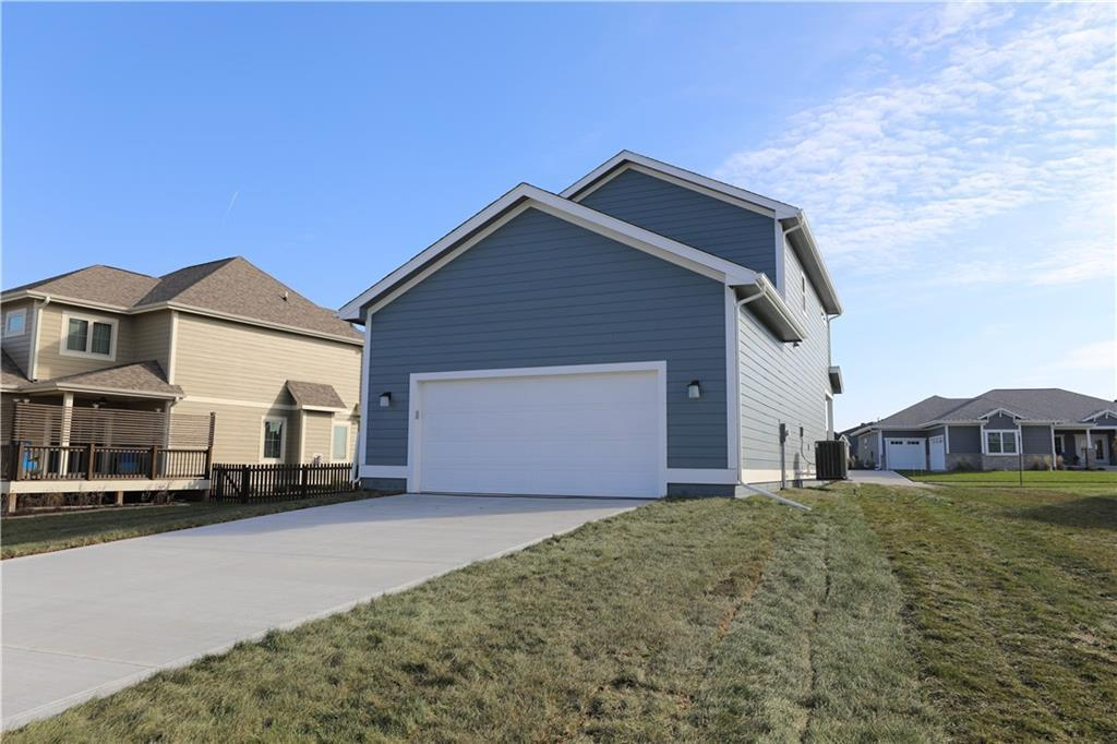 Photo of home for sale at 2038 College Avenue SW, Ankeny IA