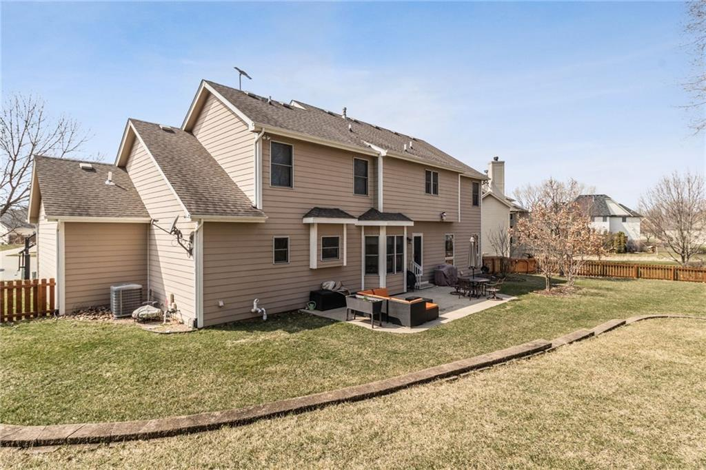 Photo of home for sale at 1065 Pinecrest Circle SE, Waukee IA