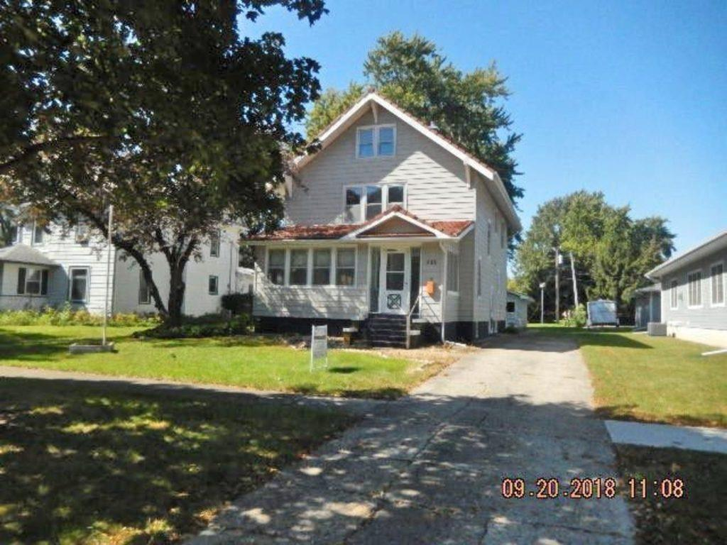 Photo of home for sale at 709 Lafayette Avenue, Story City IA