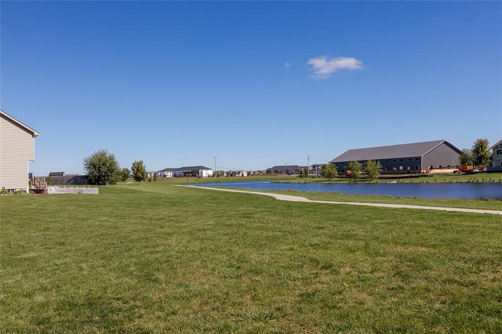 Photo of home for sale at 1820 Prairie Lakes Drive NW, Ankeny IA