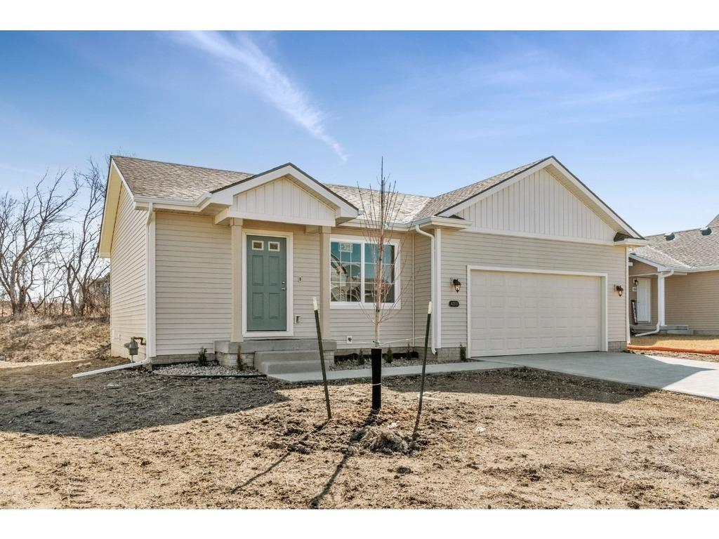 Photo of home for sale at 4311 48th Street E, Des Moines IA