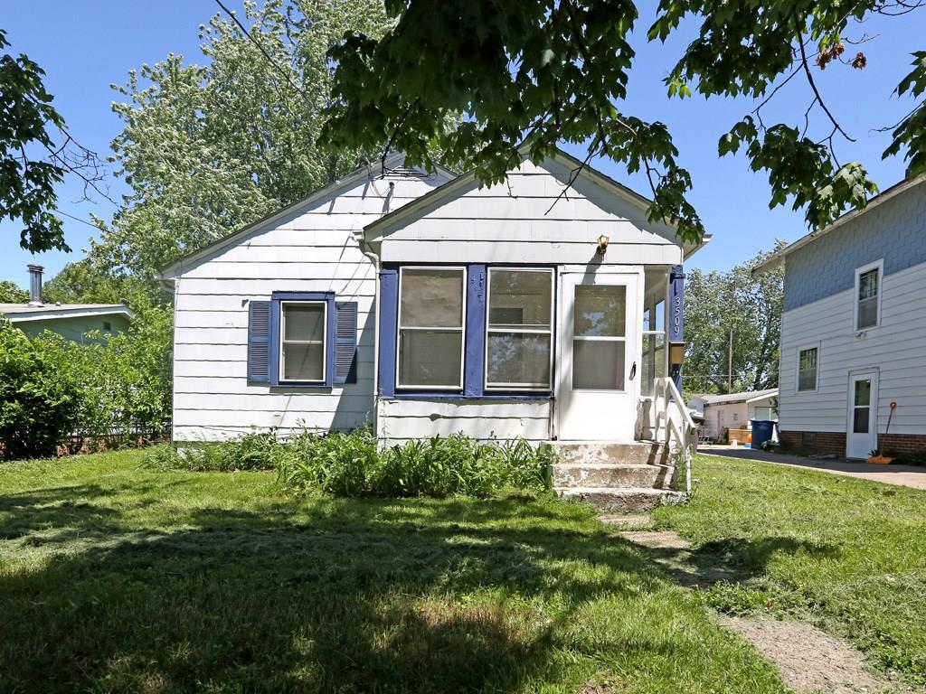 Photo of home for sale at 3509 8th Street E, Des Moines IA