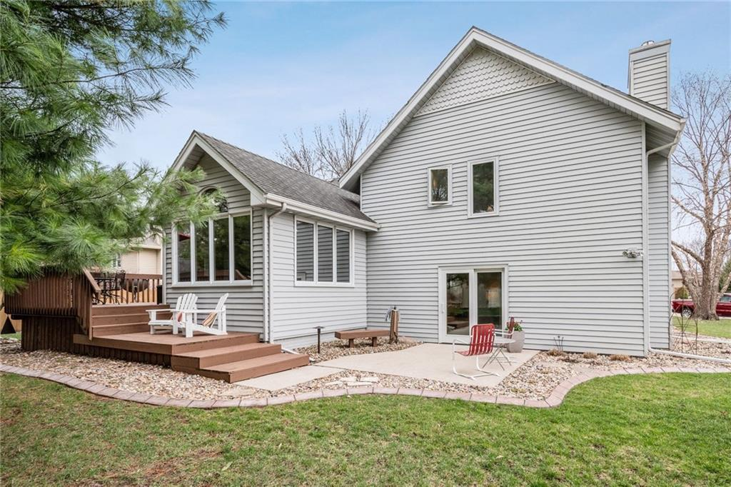 Photo of home for sale at 4721 78th Place, Urbandale IA