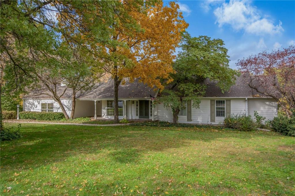 Photo of home for sale at 3344 12th Avenue S, Newton IA